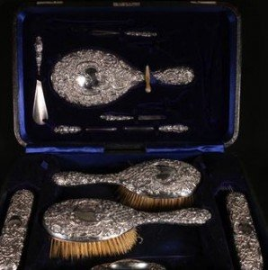 silver 8 piece dressing set