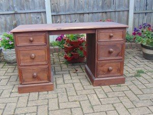dressing table with six drawers