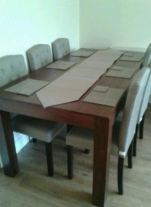 wood dining table,