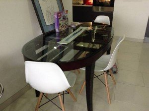 wood oval table
