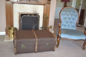 wooden steamer travel trunk