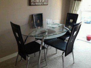oval topped dining table