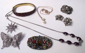 vintage jewellery,