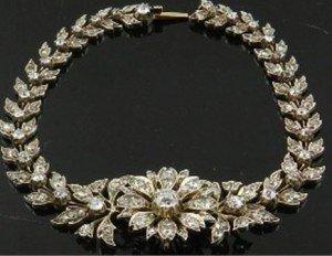 floral articulated bracelet