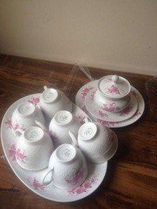 porcelain white tea set