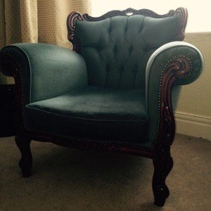 mahogany based armchair