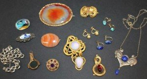 agate set brooch