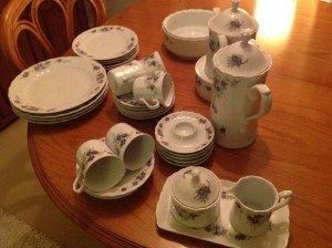 ceramic tea service