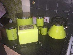 Superior Kitchen Accessories House Clearance In Kirkconnel Dumfries Galloway  Scotland. Hervorragend Lime Green ...