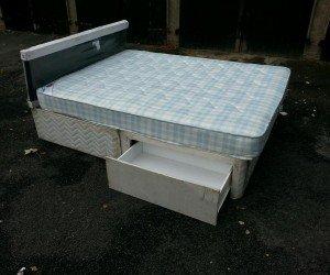 divan bed