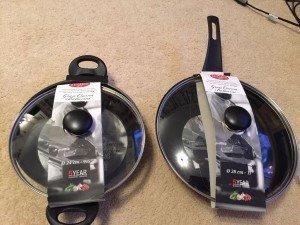 lidded frying pan