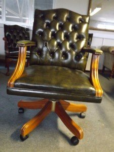Chesterfield swivel office chair