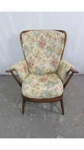 gentleman's armchair