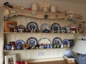 kitchen wall dresser,