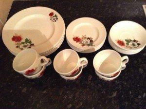 ceramic dinner service