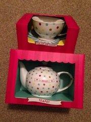 ceramic teapot