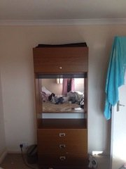 mirrored back vanity unit
