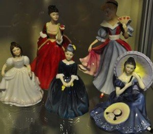figurines of ladies