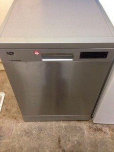 large capacity dishwasher
