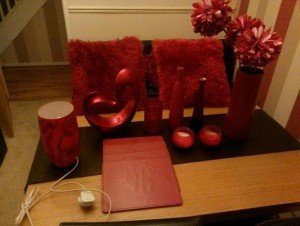 red home accents t