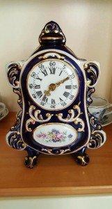 porcelain mantle clock