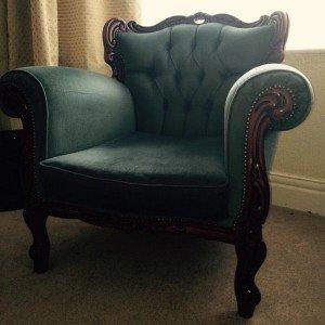 mahogany based armchair