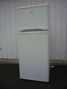 standing fridge freezer