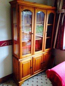 pine storage dresser unit