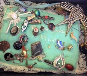 vintage Victorian brooches