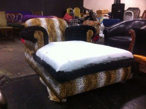 ornate chase lounge