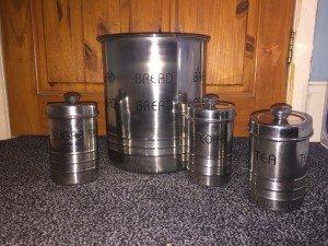 kitchen tin set