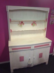 hand painted kitchen unit,