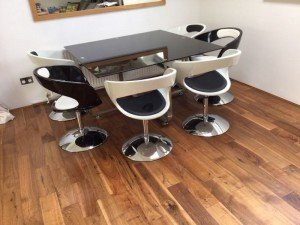 glass dining table,