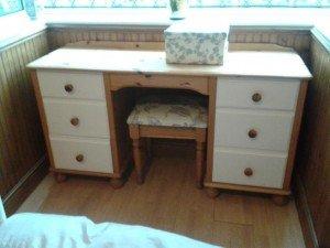 pine vanity dresser