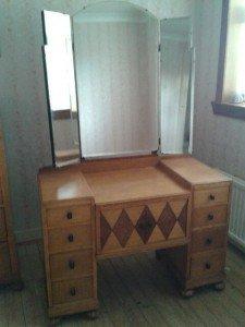 wooden vanity dresser,