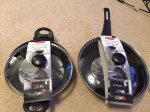 lidded frying pan