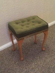 piano stool,