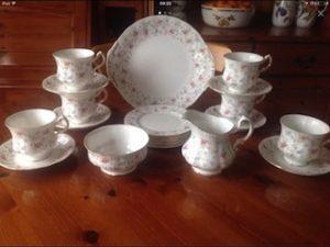 porcelain kitchen ware